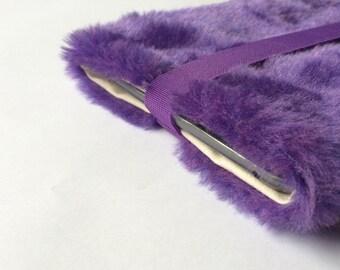 "fake fur 13 inch Macbook PRO / RETINA / AIR sleeve, faux fur, macbook case, macbook sleeve ""creamy purple"""