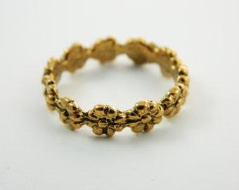 Delicate Daisy Ring - VR002