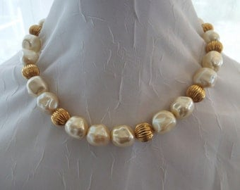 Vintage Monet Signed Ivory Pearl and Gold Necklace