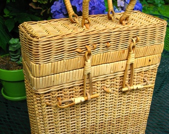 wicker wine bottle carrier tote french basket holds up to 4 bottles picnic party guest rattan bamboo