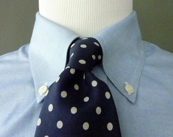 CLASSIC Vintage Brooks Brothers MAKERS All Silk Printed White Polka Dot Pattern on Navy Blue Trad / Ivy League Neck Tie.  Made in USA.