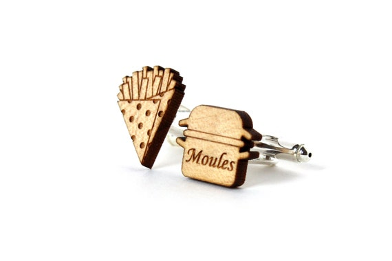 Mussels and French fries cufflinks - kitsch wedding accessory - graphic food jewelry - lasercut maple wood - for the groom