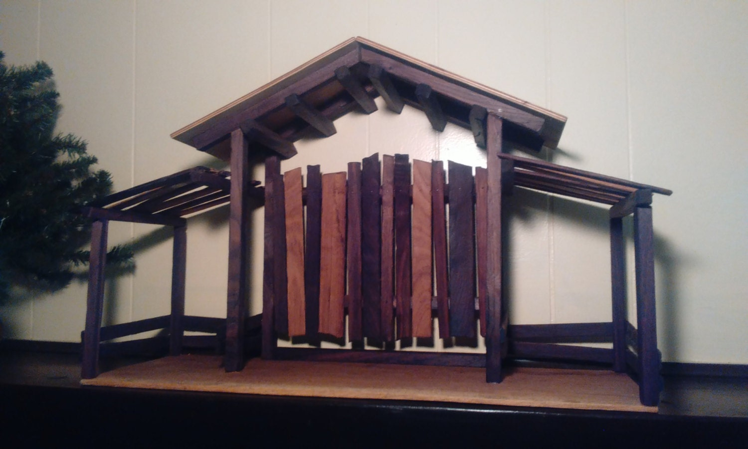how to make a nativity stable out of wood
