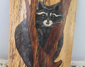 Adorable hand painted raccoon wall plaque painted on a tree, raccoon art, painted tree slab, 1978, Vintage raccoon painting, raccoon art