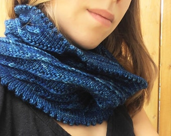 Hand Knit Blue Spiral Cowl, Hand Knit Neckwarmer, Knit Wool Scarf Cowl