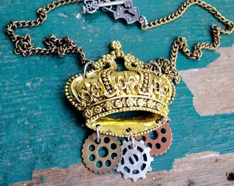 Steampunk Crown Necklace, Gold Crown Necklace, Steam Punk Crown Jewelry, cosplay