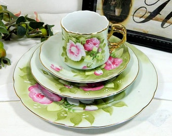 Lefton Green Heritage 4 Piece Place Setting Plates Cups Saucers Hand Painted Roses