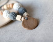 Grey/Ecru Linen Nursing Necklace with Pendant-Crochet Teething Necklace in Natural Colors-Breastfeeding Neckace-Crochet Jewelry for New Moms