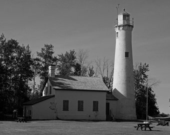 Sturgeon Lighthouse (FREE SHIPPING in the U.S. only)