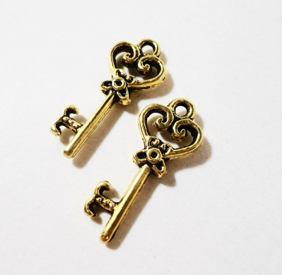 Antique Gold Key Charms 20x8mm Gold Key Pendants, Small Gold Heart Key Charms, Wedding Supplies, Metal Charms for Jewelry Making, 10pcs