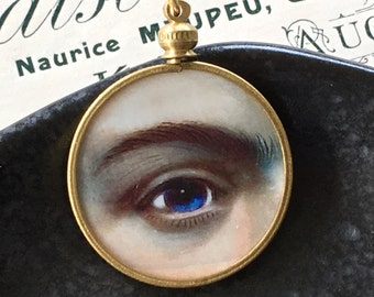 Lover's Eye Pendant / Mother of Pearl and Brass Monocle Pendant / Hand Painted