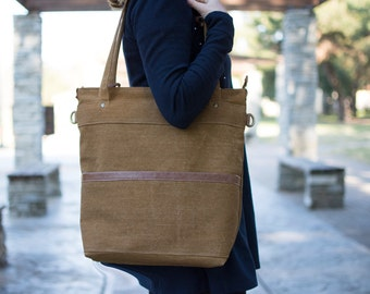 Waxed canvas tote - Canvas laptop tote - Large tote bag - LARYS in Brown