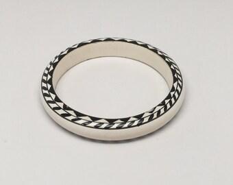 Vintage  Black and White Painted Wood Boho Bangle Bracelet