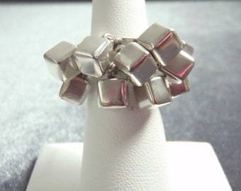 Sterling Silver Cha Cha Ring Sz 5 1/2 R201