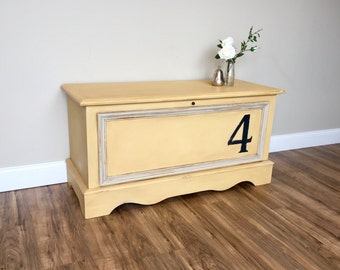 Wooden Hope Chest ~ Cedar Trunk ~ Large Toy Box ~ Small Entryway Bench ~ Fixer Upper Style
