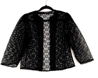 Gothic Black Lace Vintage Crop Bolero Jacket ~ Small AU 8 - 10 US 6 - 8 ~ Lolita Bohemian Grunge Festival Vampire
