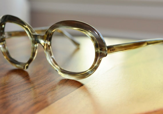 Shades of Green Vintage Round Eyeglasses Frame France 54/20