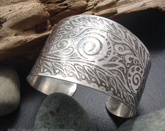 Wide sterling silver cuff bracelet, abstract spiraling flowing etched design, textured metalwork, grey patina