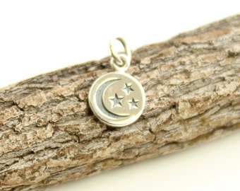 Small Sterling Silver Moon and Stars Disc Charm...  1 piece