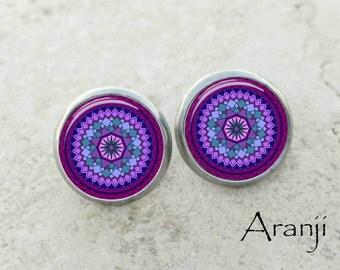 Purple mandala earrings, mandala earrings, purple earrings, purple mandala stud earrings, purple stud earrings, stud earrings, PA116E