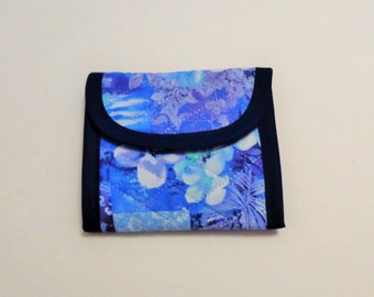 Blue Purple White Flower Print Quilted Wallet