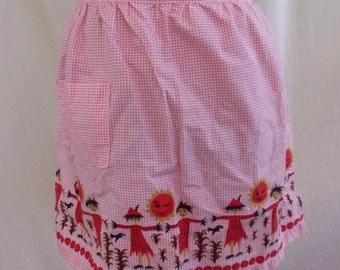 Vintage Pink Gingham Scarecrow & Sun Novelty Print Apron