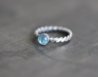 SUMMER SALE Swiss Blue Topaz Ring, Sterling Silver, Rope Band, Hammered, 6mm, Smooth Cut, Bezel Setting, Stacking Ring, SIZE 6, Ready to Shi