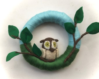 Wreath Owl. Felted .Waldorf.
