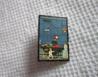 Vintage Pinback Brooch