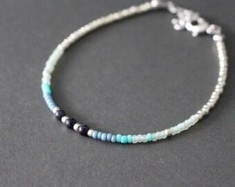 Beaded bracelet - mixed beaded bracelet - blue