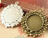 10pcs Antique Silver & Bronze 25mm Flower Pendant Trays Cabochon Setting, Pendant Setting, Bezel Setting Pendant Blanks