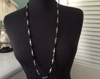 Black and silver link necklace