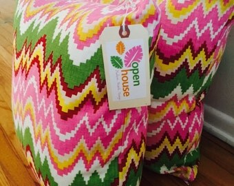Pink Indian pillow (Flamestitch) by Raoul Textiles
