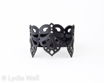 "Laser Cut Leather Bracelet ""Teardrops"" in Black"