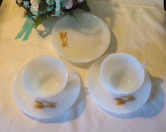 White milk glass wheat dishes, set of 7, Fire King ovenware, wheat design, 1960s, good condition, kitchen wear, coffee cups