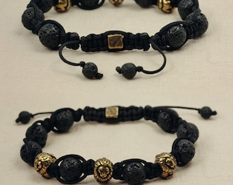 Shamballa style macrame bracelet , black matte onyx - The lion's power - antique brass