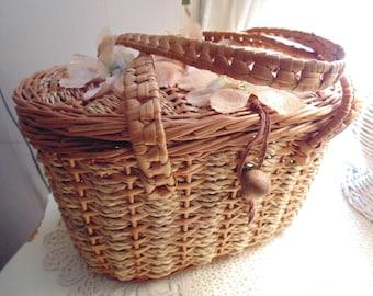 Vintage 1960s Handbag Purse With Silk Flowers Rafia/Straw Tote
