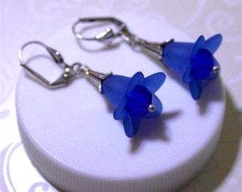 Acrylic Sapphire Blue Flowers