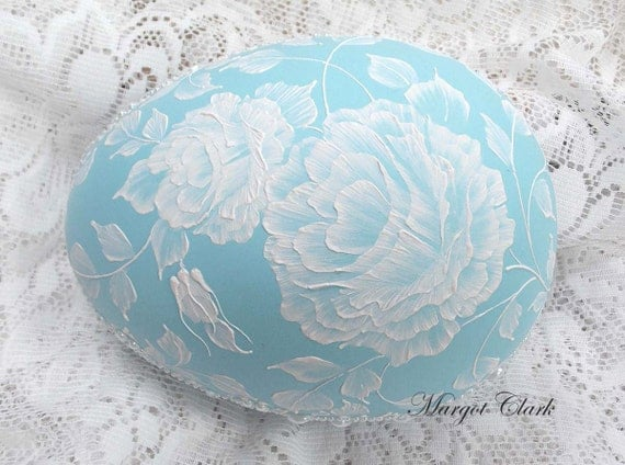 Turquoise Blue Egg with 3D Texture Painted Roses and Pearls (XL)