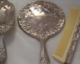 Vintage Silver Plated Vanity Set, Cottage Chic Collectibles, Feminine chic vanity set