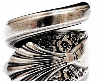 Antique Spoon Ring - circa 1939