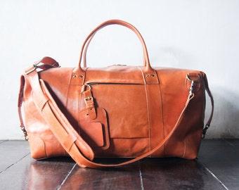 weekend bag, shoulder bag, handmade leather bag, message bag, duffel bag, travel bag - Vegetable tanned leather - Handmade - Tanned - Large