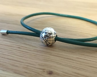 Green Silver Globe Leather Slide Bracelet