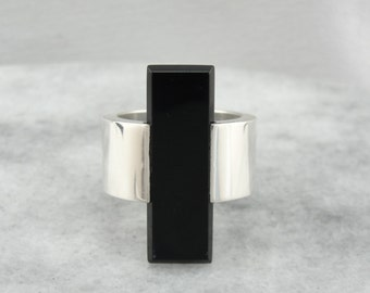 Awesome Black Onyx Cocktail Ring, Modernist or Danish Modern  8MPV4F-P