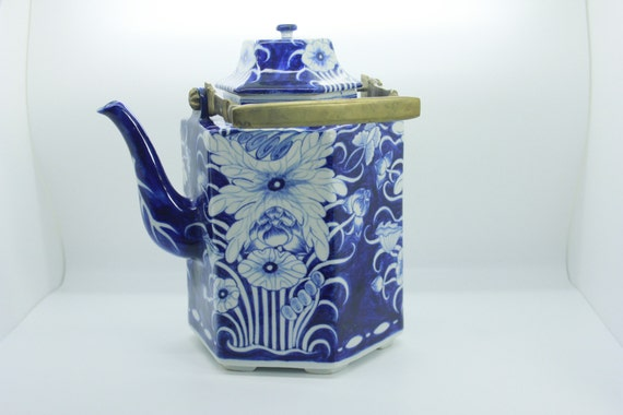 Vintage Blue And White Chinoiserie Tea Pot Home Decor