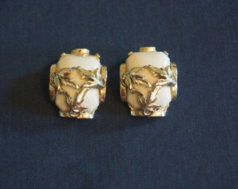 Vintage White and Gold Clip On Earrings