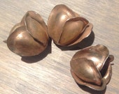 10 - metal tulip charm beads