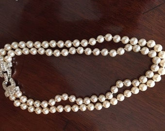 Double Strand Faux Pearl Necklace, Rhinestone Clasp,Vintage Carolee 8mm Faux Pearl Necklace, Wedding Jewelry, Women's Fashion, Gift Idea