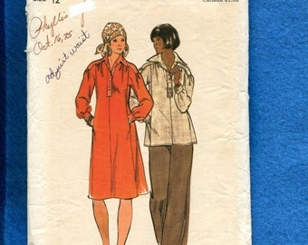 ON SALE 1970's Butterick Caftan Style Dress & Tunic with Large Pointed Collar 4150 Size 12