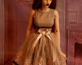 Pretty coctail dress for SID Iplehouse